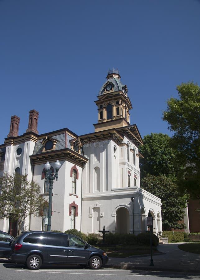 Byggnad för Cabarrus konstråd i historiska Downtow royaltyfri fotografi