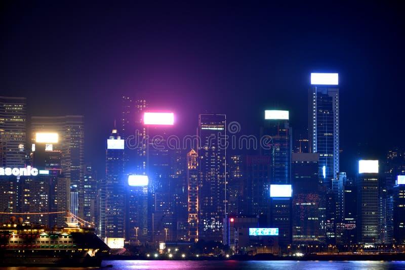 Byggnad för Hong Kong Victoria hamnnatt, 2016 arkivbild