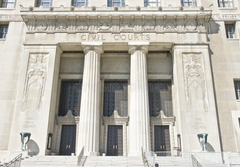 Byggnad för utfrågning för borgerliga domstolar royaltyfri bild