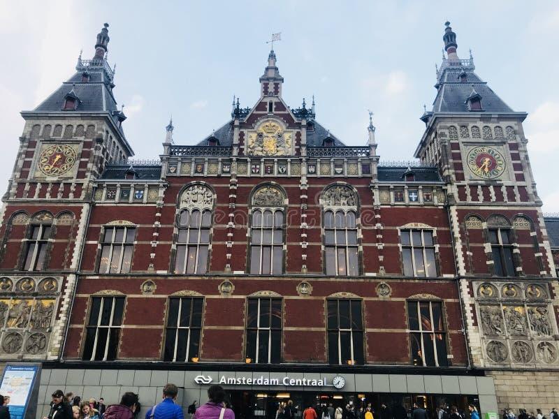 Byggnad i Amsterdam royaltyfri fotografi
