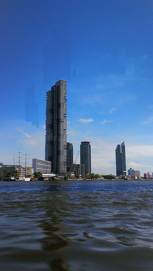 Byggnad i bangkok Thailand arkivbilder