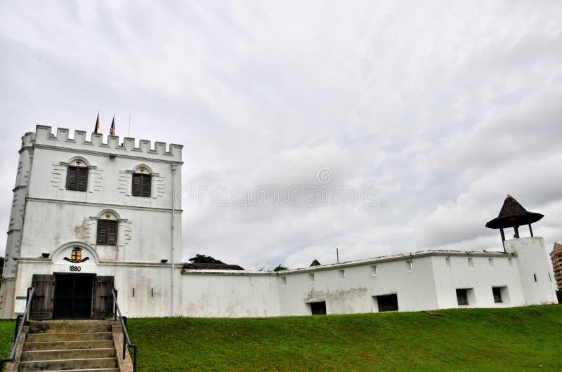 Byggnad Kuching Sarawak Malaysia för arv för fortMargherita Brooke Gallery museum arkivfoto