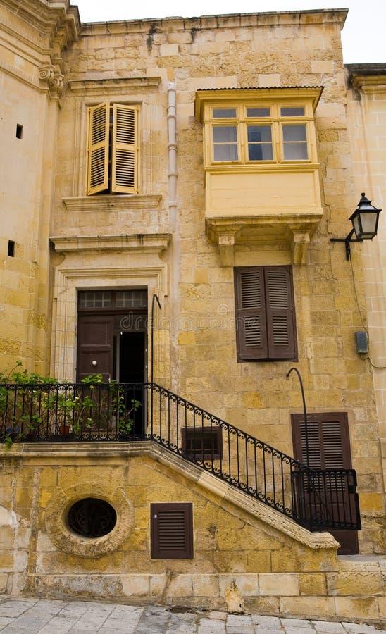 byggnad malta gammala valletta arkivbilder