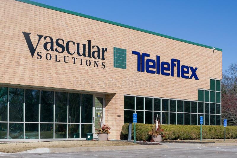 Byggnad och logoer för Teleflex och kärl- lösningar företags royaltyfri bild