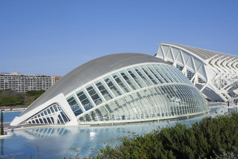 Byggnad som planläggs av Calatrava i staden av konster och vetenskaper av Valencia royaltyfria foton