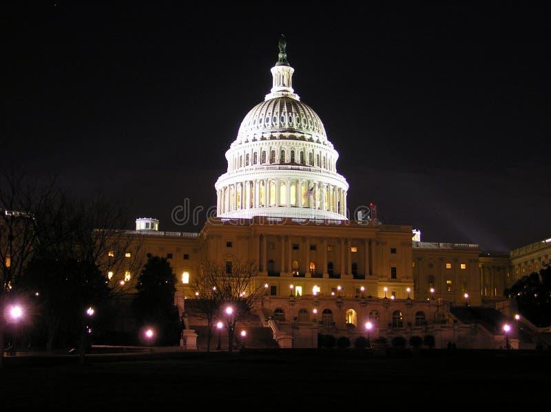 Byggnaden för Capitol (kongress) vid natten, Washington DC arkivbild