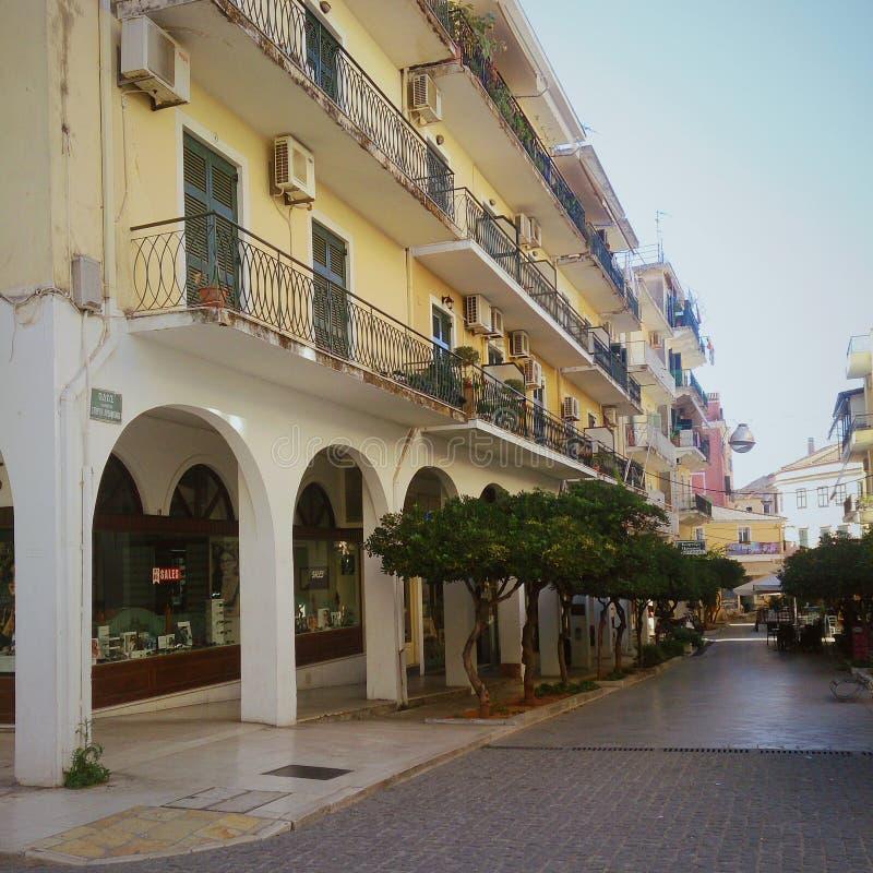Byggnader i den Korfu staden, Kerkyra, Grekland fotografering för bildbyråer