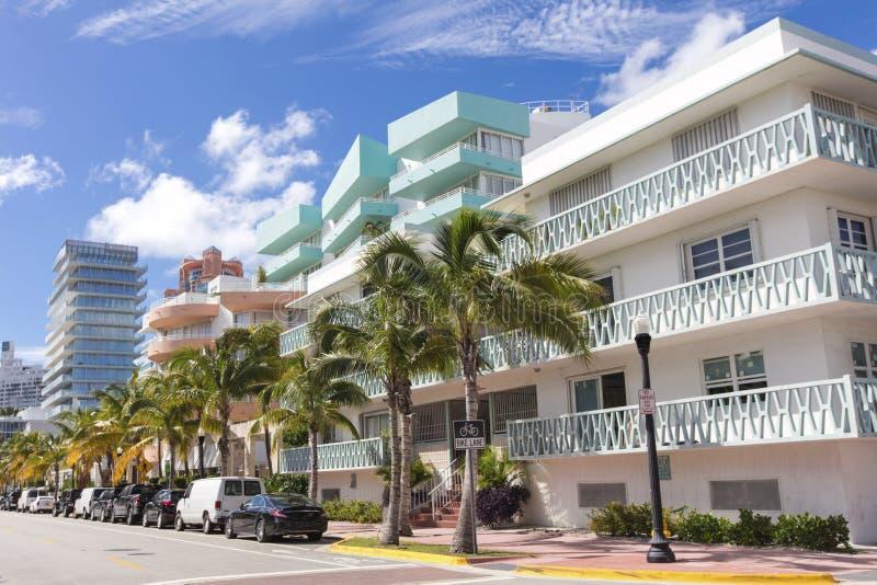 Byggnader i havdrev strand miami arkivbild