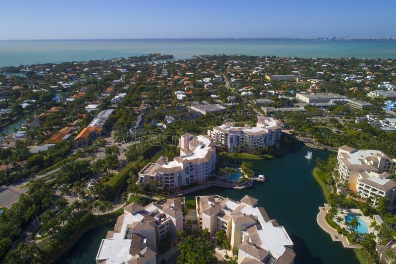 Byggnader i Key Biscayne Florida royaltyfri bild