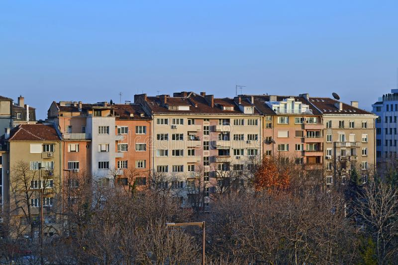 Byggnader i mitten av Sofia, Bulgarien royaltyfri bild
