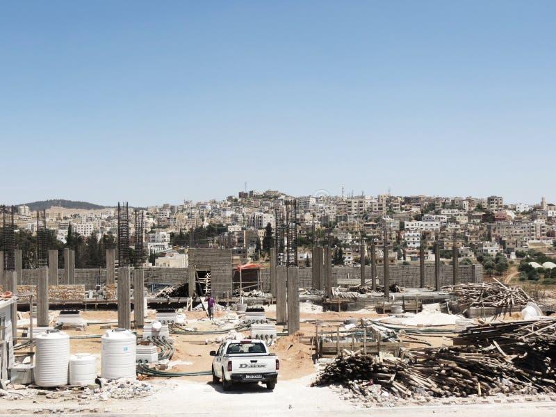 Byggnader under konstruktion i den forntida Jerashen royaltyfri foto