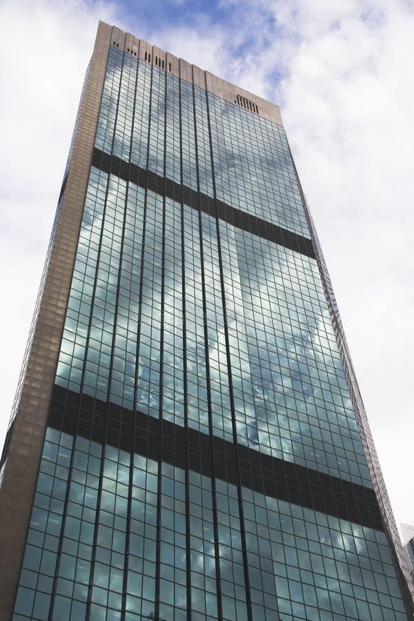 byggnadskontorsskyskrapa arkivfoton
