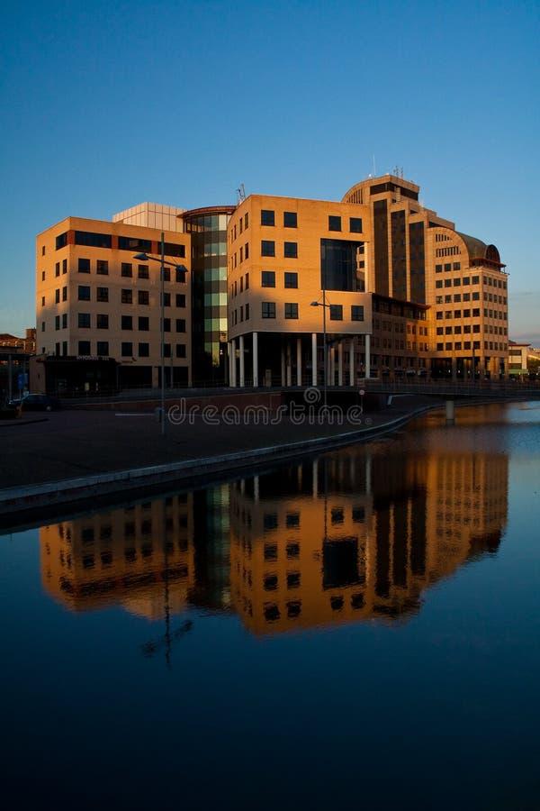 byggnadsleeuwenbrugkontor royaltyfri bild