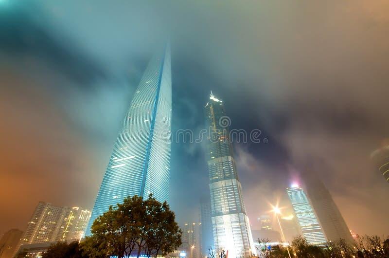 byggnadsnatt shanghai royaltyfria foton