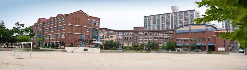 byggnadsskola royaltyfria bilder