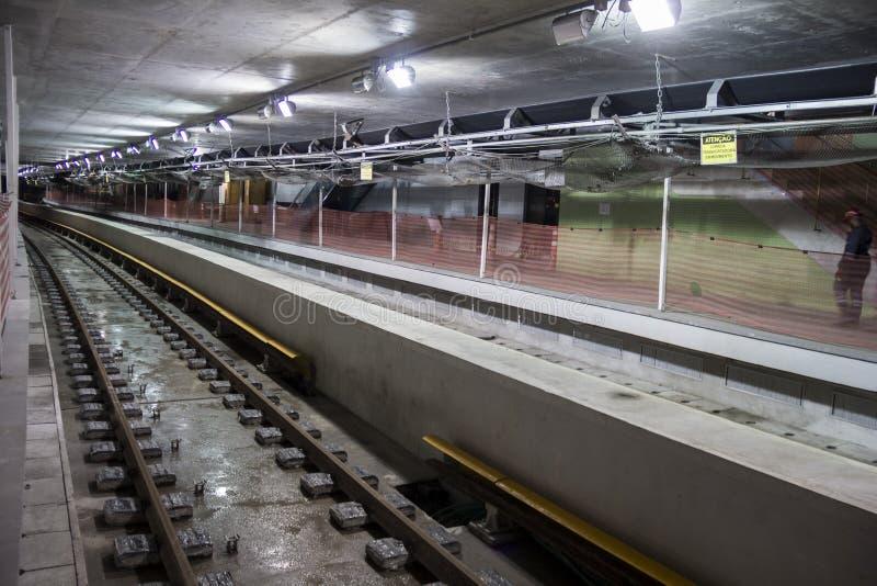 Byggnationer av Rio Metro till OS:erna 2016 royaltyfri fotografi