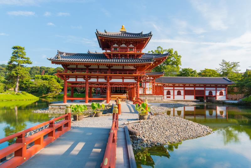 Byodo-in Phoenix is de Zaal een Boeddhistische tempel in de stad van Uji in de Prefectuur van Kyoto, Japan royalty-vrije stock foto
