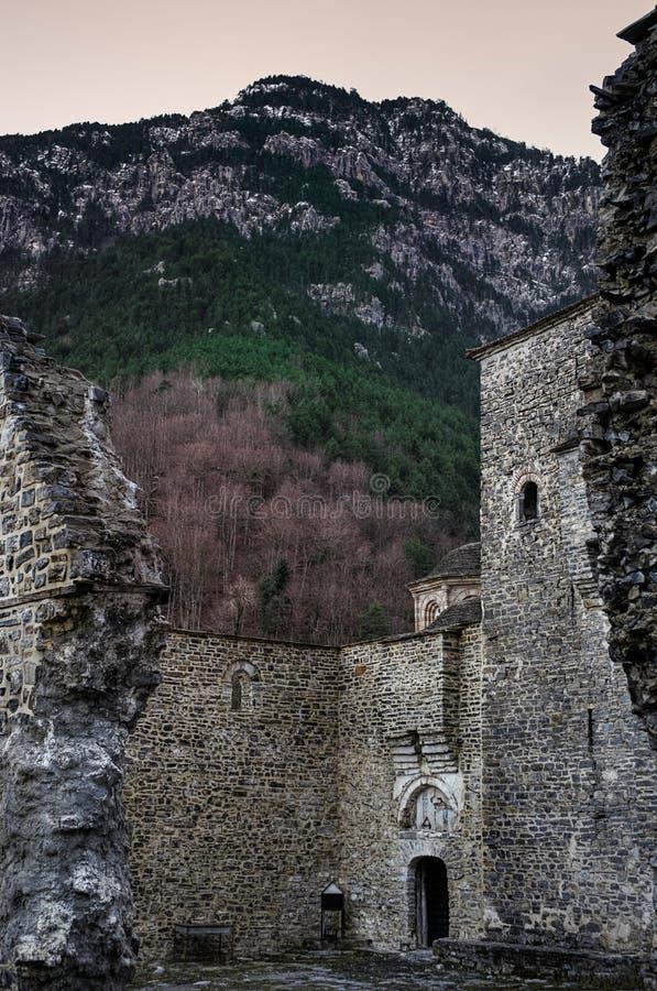 Byzantijns klooster op onderstel Olympus, Griekenland royalty-vrije stock fotografie