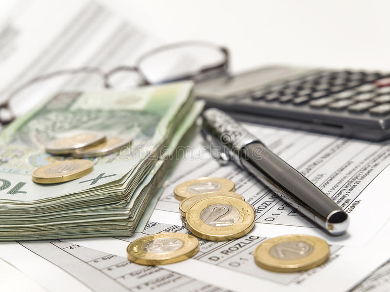Cálculo del impuesto. fotos de archivo