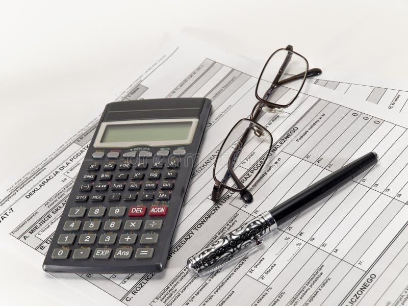 Cálculo do imposto. imagens de stock