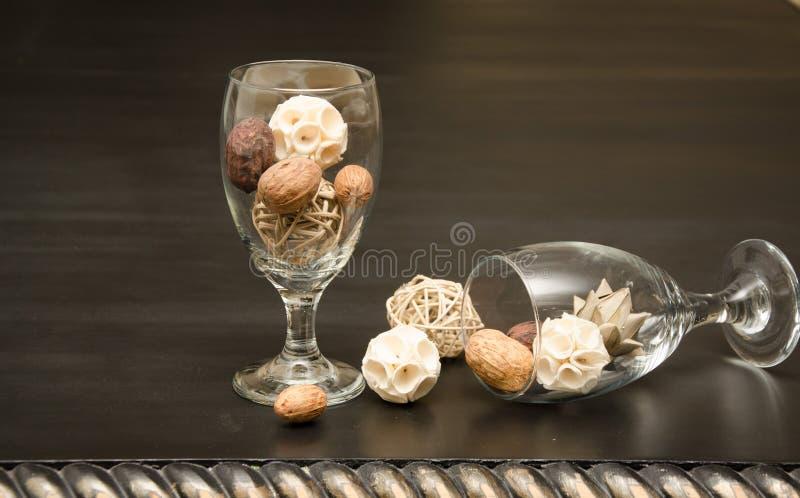 Cálices de vidro decorativos foto de stock