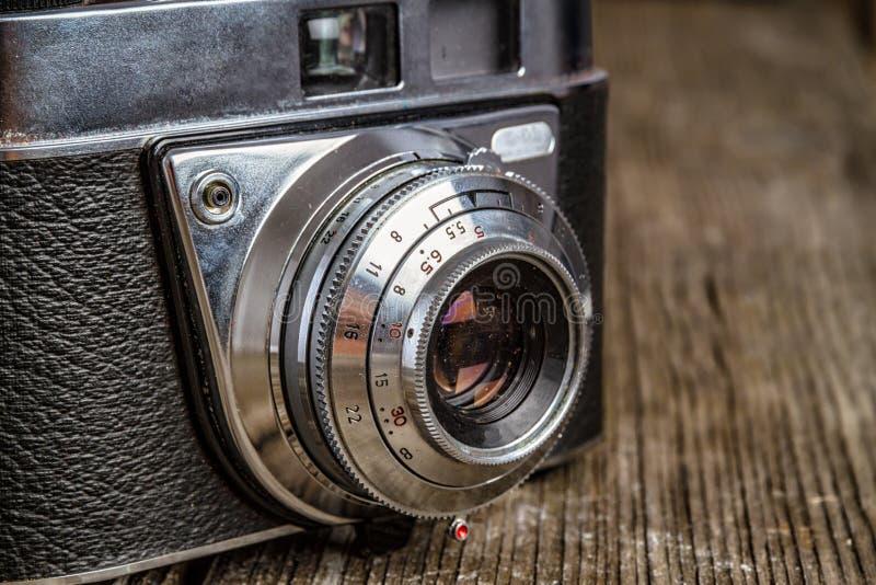 Cámara análoga vieja con el espacio de la copia foto de archivo libre de regalías