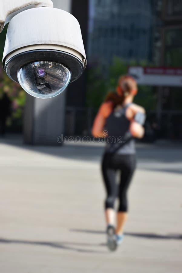 Cámara CCTV con el basculador imagen de archivo