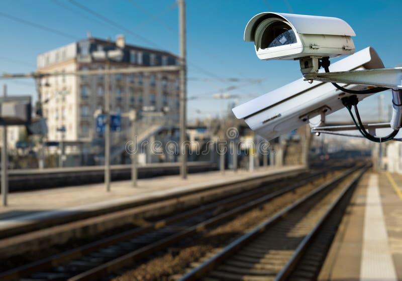 Cámara CCTV en el ferrocarril imágenes de archivo libres de regalías