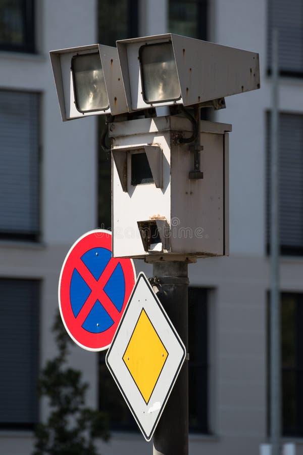 Cámara de vigilancia alemana del tráfico imagen de archivo