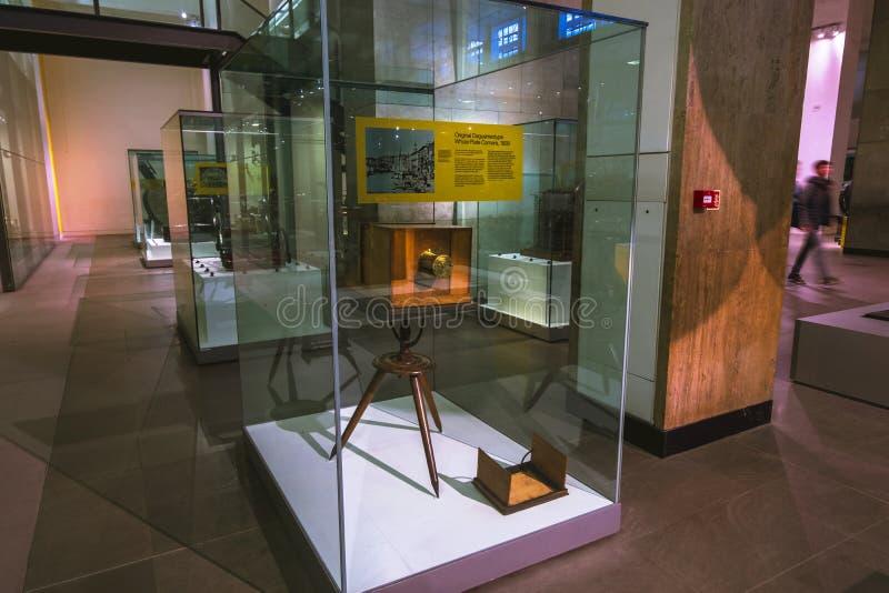 Cámara entera de la placa del Daguerreotype original en el museo de ciencia en Londres foto de archivo