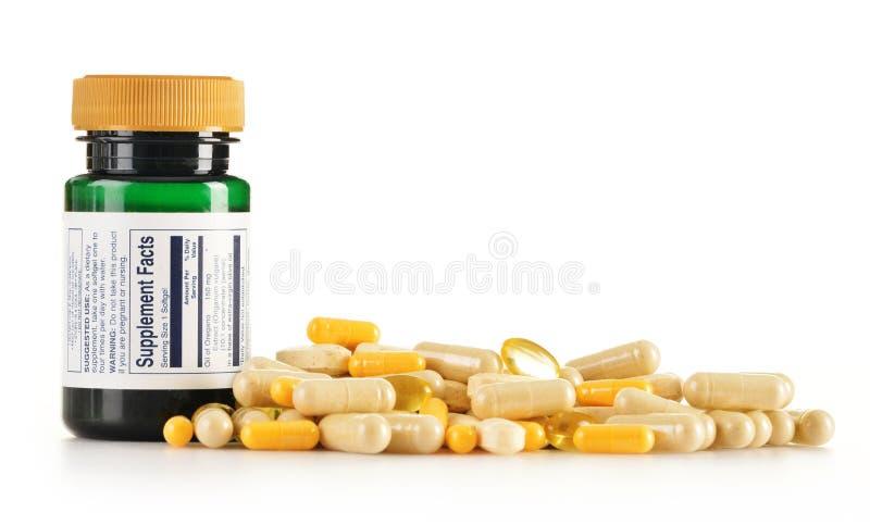 Cápsulas do suplemento dietético. Comprimidos da droga foto de stock