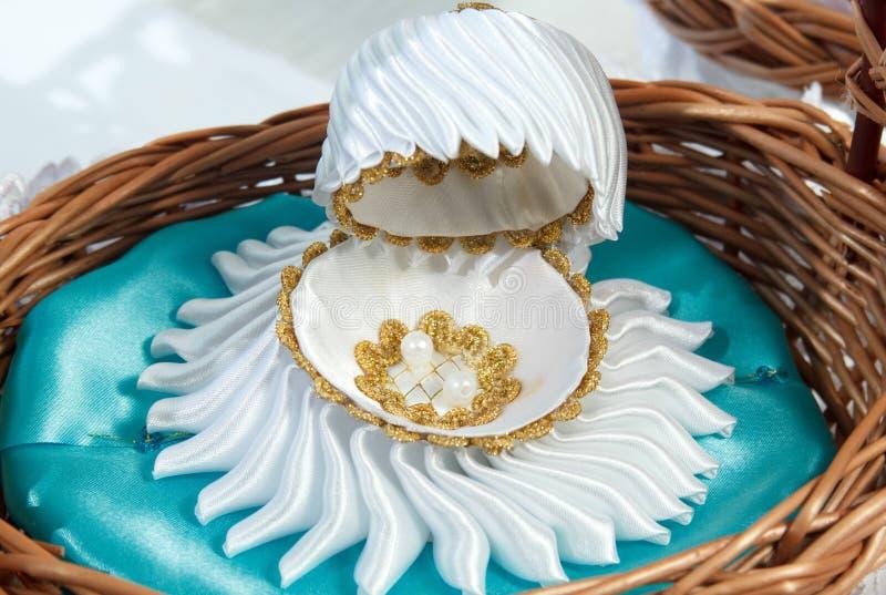 Cáscara blanca de lujo imagen de archivo