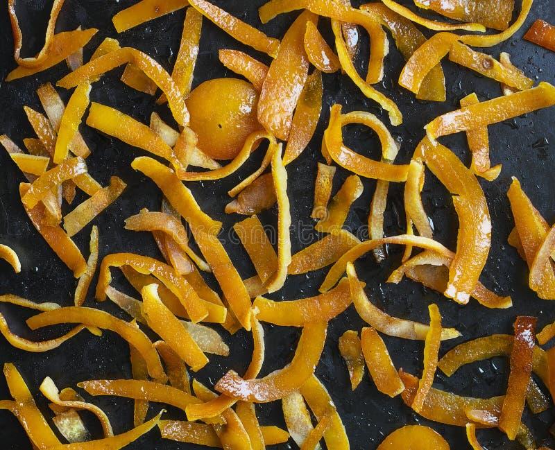 Cáscara de naranja en azúcar fotografía de archivo
