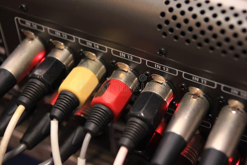 Câble audio et visuel à extrémité élevé images stock