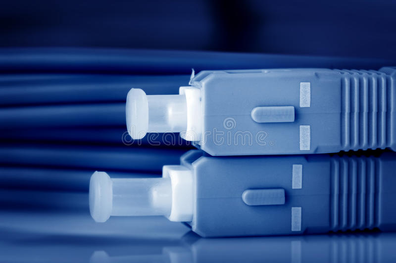 Câbles optiques de fibre images stock