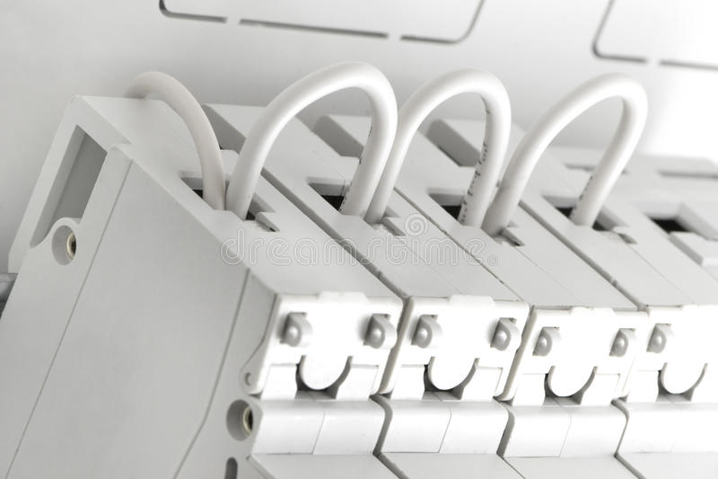 Download Câblez La Puissance Automatique Image stock - Image du fond, construction: 77151997