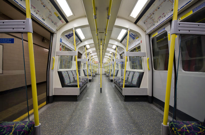 Câmara de ar subterrânea de Londres para dentro fotos de stock