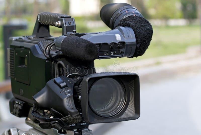 Câmara de vídeo profissional. imagem de stock