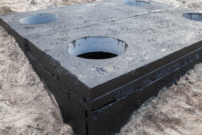 Câmara de visita no bloco de cimento imagem de stock