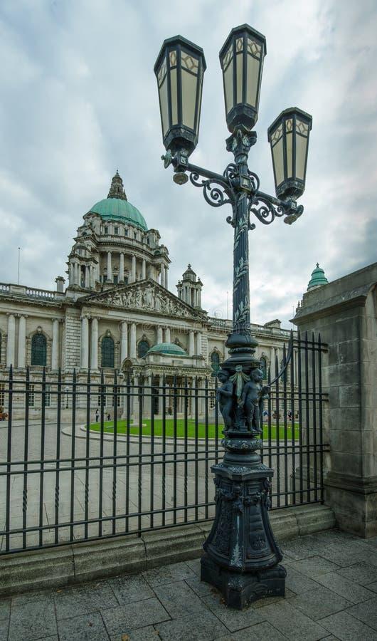 A câmara municipal de Belfast é um exemplo do estilo arquitetónico do renascimento barroco de Edwardian imagens de stock
