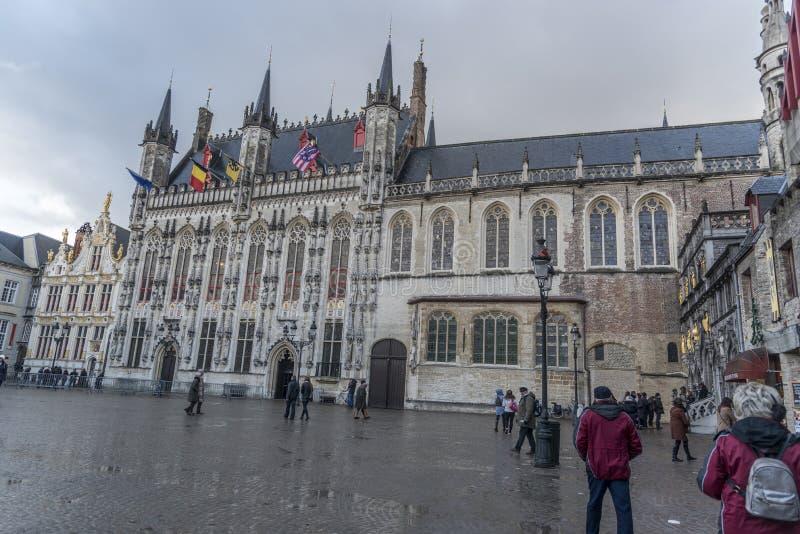 Câmara municipal de Bruges e Oude Civiele Griffie Bruges fotos de stock
