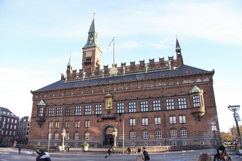 A câmara municipal de Copenhaga é as matrizes do conselho municipal e do prefeito do senhor da municipalidade de Copenhaga, Dinam imagem de stock