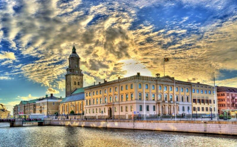 Câmara municipal de Gothenburg e a igreja alemão - Suécia foto de stock royalty free