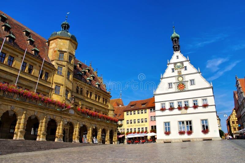 Câmara municipal de Rothenburg e taberna dos conselheiros fotos de stock