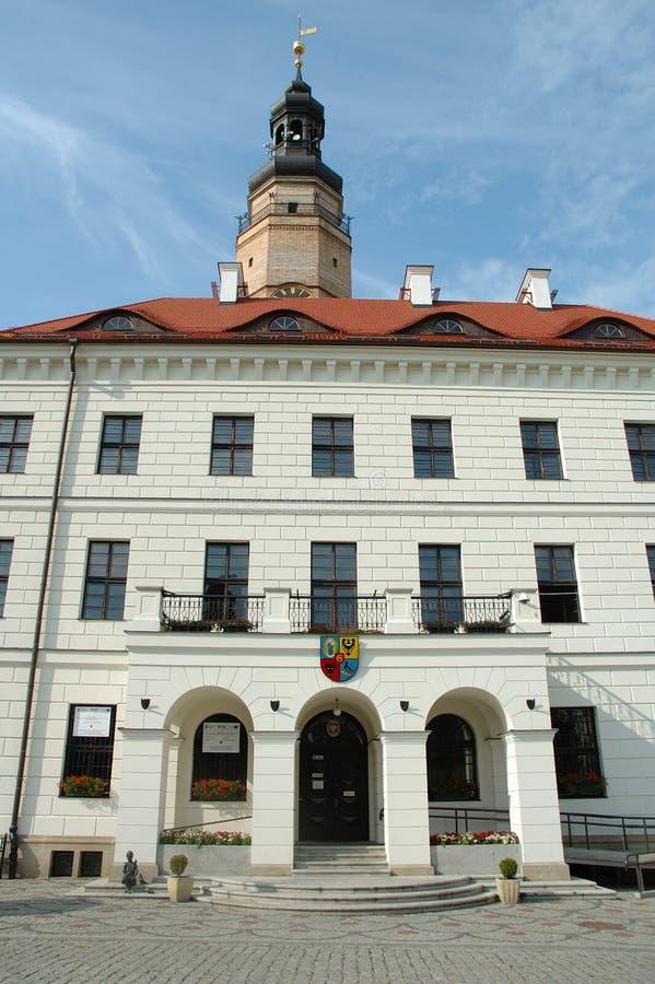 Câmara municipal em Glogow, Polônia fotografia de stock