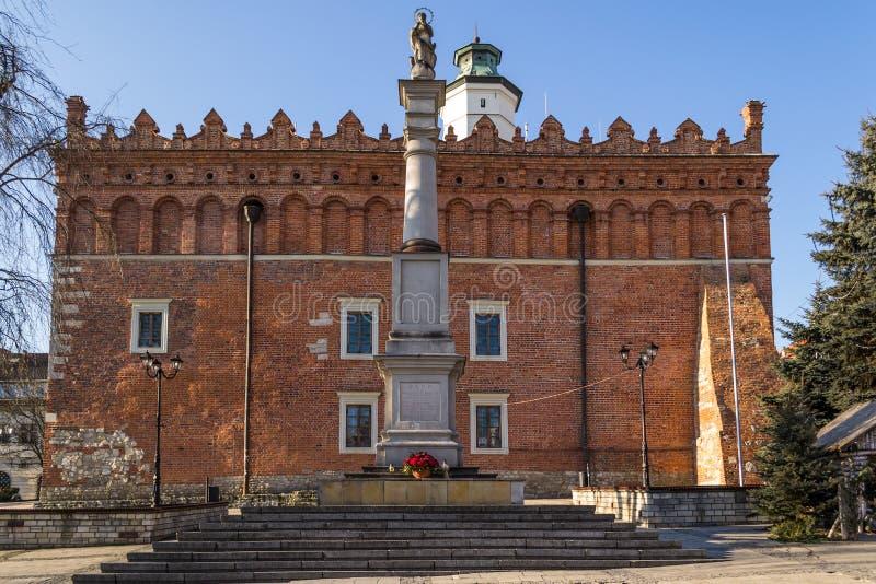 Câmara municipal histórica em Sandomierz, Polônia imagens de stock royalty free