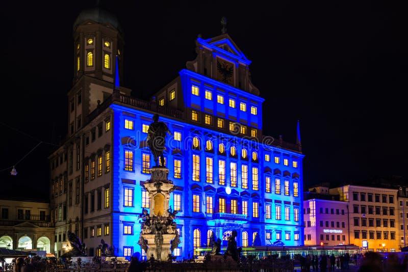 Câmara municipal iluminada de Augsburg, Alemanha foto de stock royalty free