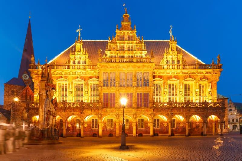 Câmara municipal no mercado em Brema, Alemanha imagem de stock