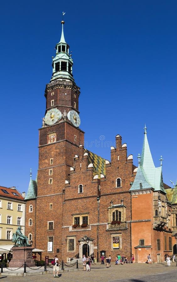 Câmara municipal no mercado em Wroclaw fotografia de stock