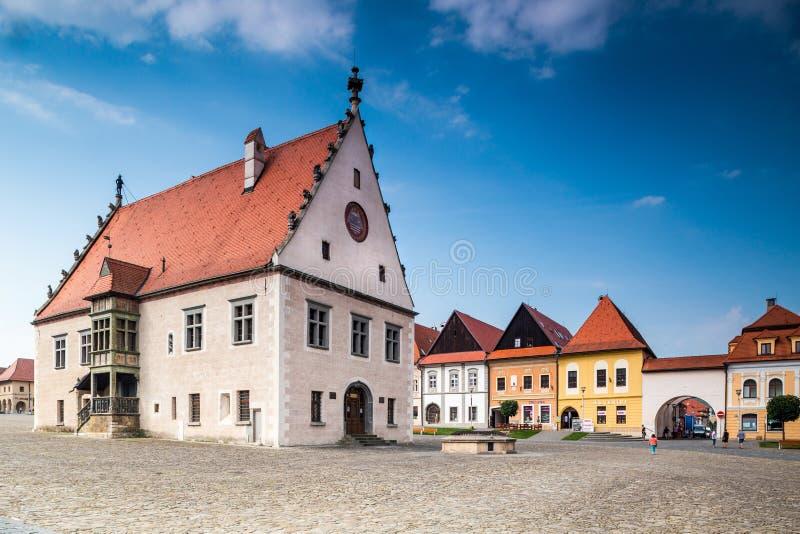 Câmara municipal velha em Bardejov em Eslováquia fotografia de stock royalty free